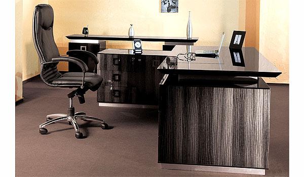 Письменный стол – в офис, в кабинет руководителя, в
